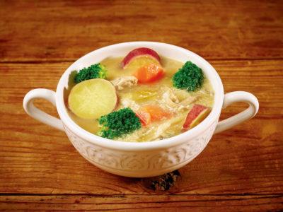 さつまいもと 具だくさん野菜の豆乳スープ